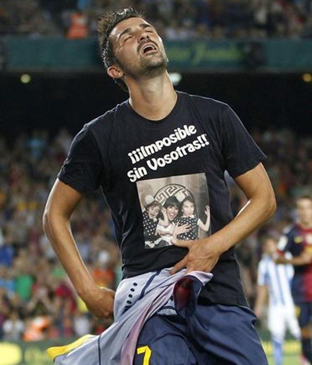 Competición sanciona a Villa por quitarse la camiseta tras marcar el gol