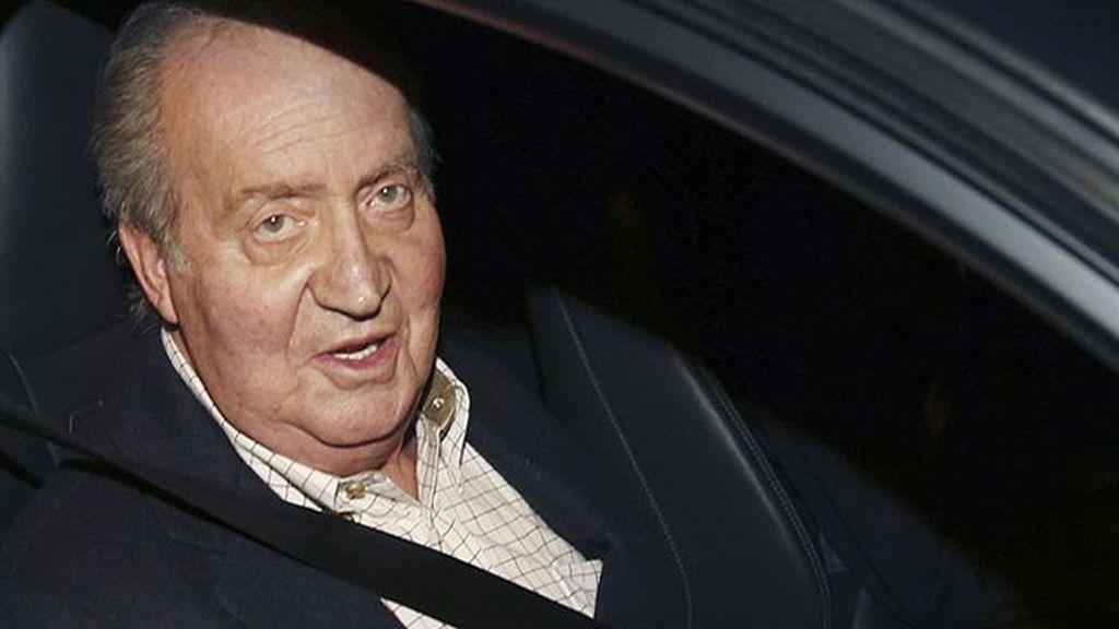 El rey Juan Carlos a la clínica para ser operado de la cadera izquierda