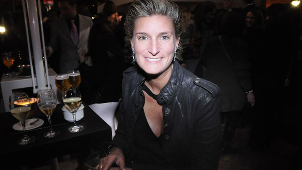 María Zurita, una de las pocas mujeres que saben apreciar el arte de fumar puros