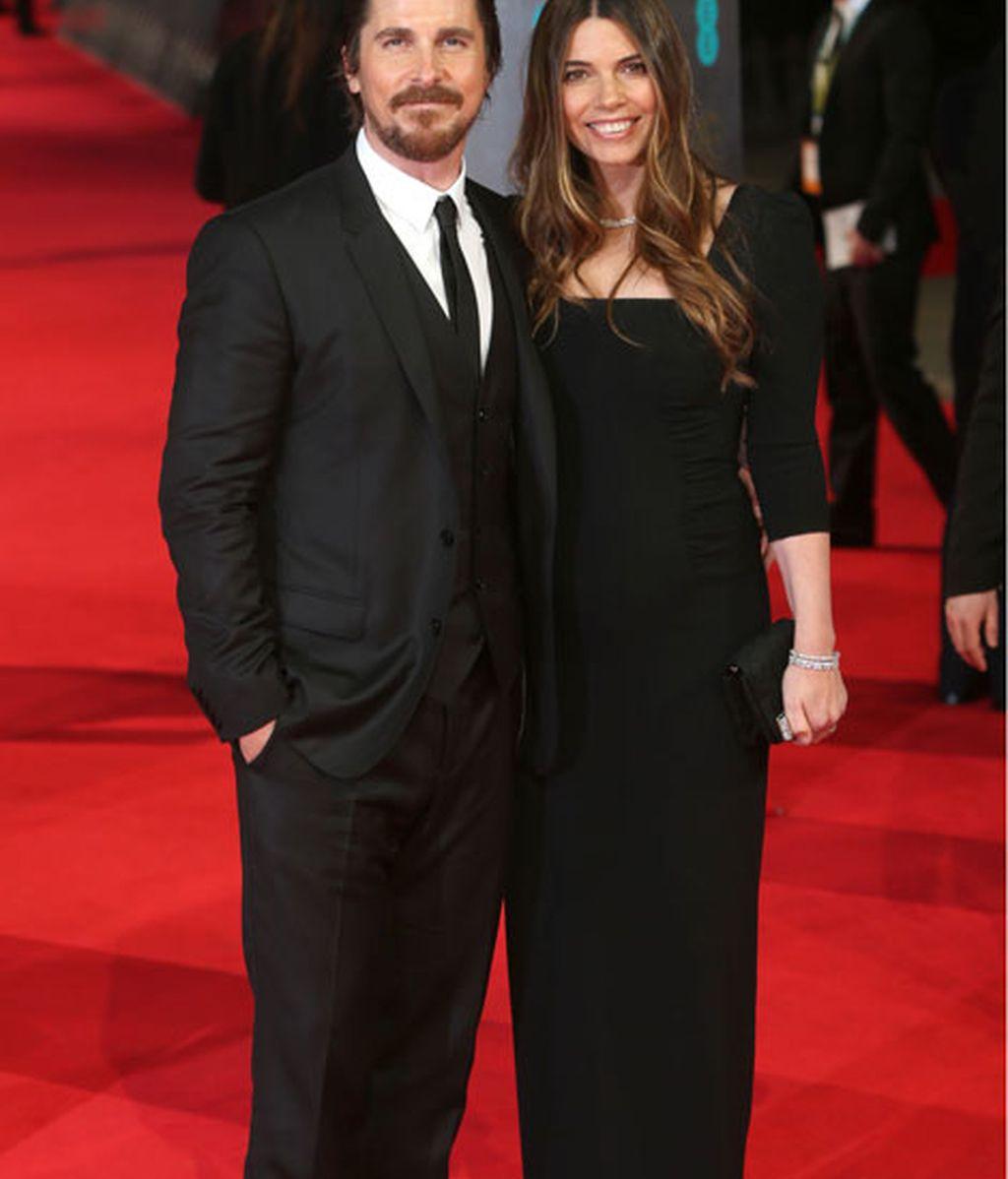 El actor Christian Bale y su esposa Sibi Blazi