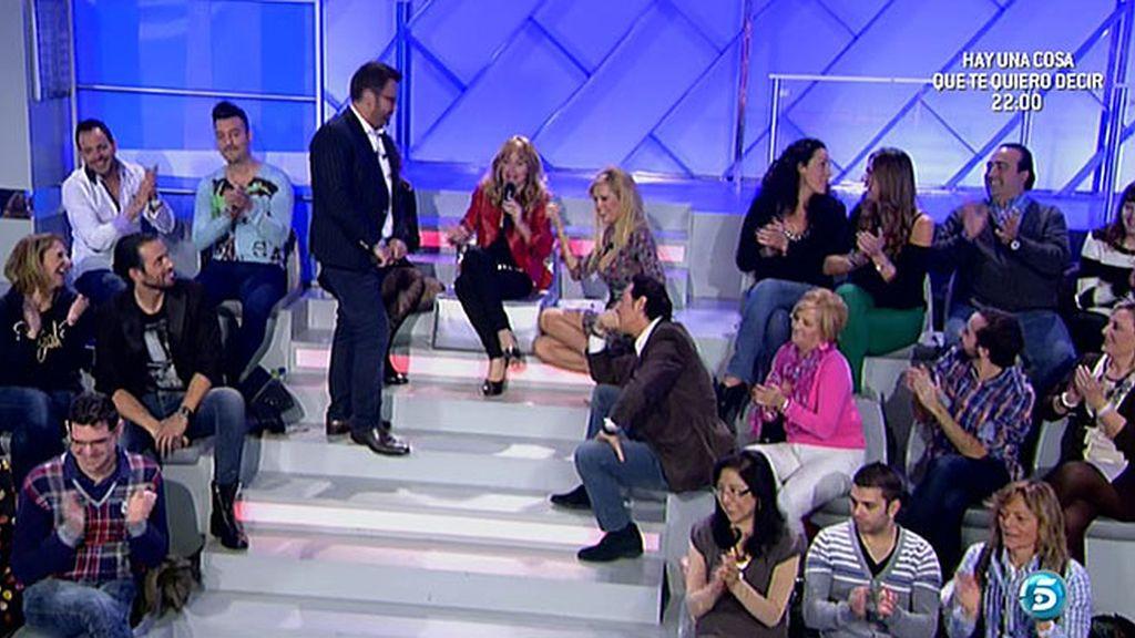 Jorge Javier entrevista a Pipi y Miriam en 'Mujeres y hombres' y propone un polígrafo a Miriam