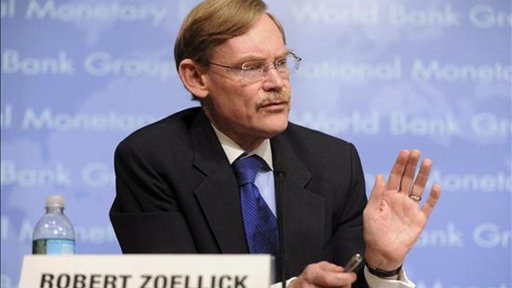 El presidente del BM, Robert Zoellick, indicó que tampoco se enviarán por el momento nuevos proyectos de desarrollo en Honduras para su aprobación por el consejo ejecutivo del organismo multilateral. EFE/Archivo