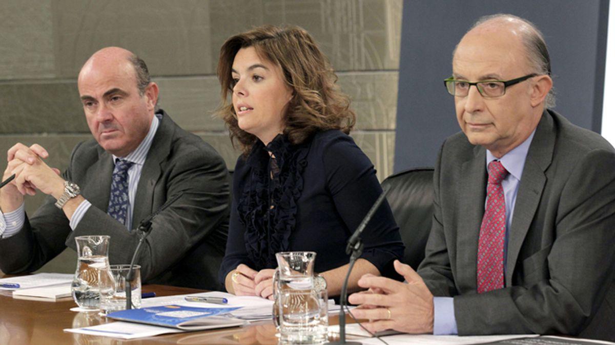 Soraya Sáenz de Santamaría, en la rueda de prensa posterior al Consejo de Ministros en el que se ha dado luz verde al proyecto de Presupuestos Generales del Estado para 2013