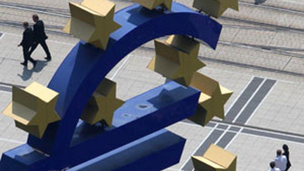 La compra de deuda se producirá este lunes. Foto:Reuters