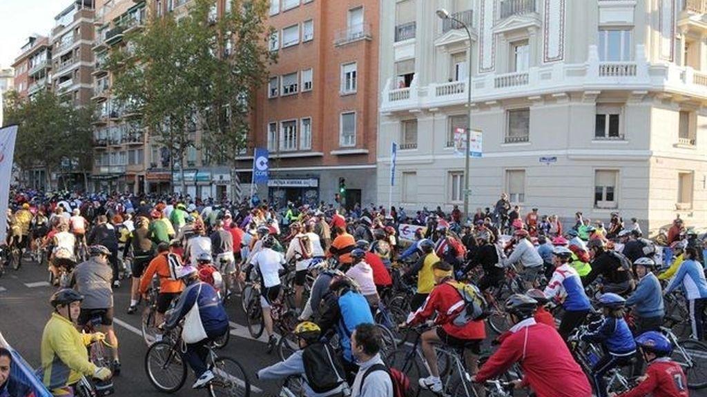 ciclistas, casco, bicis, bicicletas
