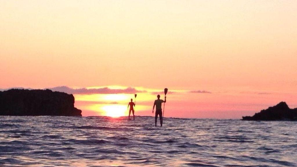El paddle-surf está de moda por ser más accesible y menos exigente