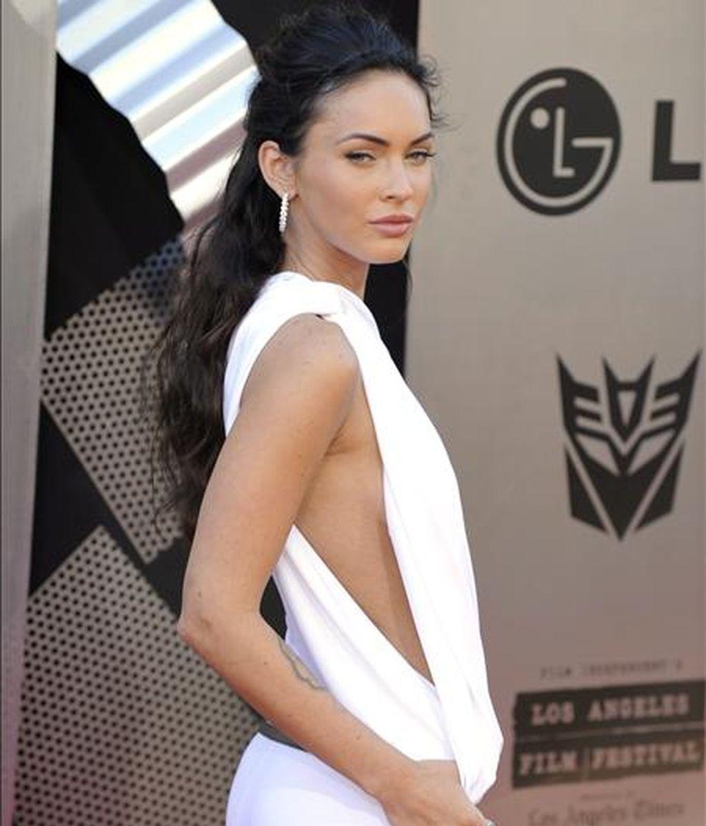 La actriz estadounidense Megan Fox posa para los fotógrafos a su llegada al estreno de 'Transformers: la revancha de los caídos' en Los Ángeles, Estados Unidos el pasado 22 de junio. EFE
