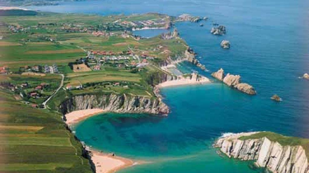 Playas de Covachos y la Arnía