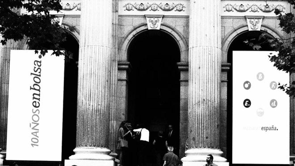 Entrada Principal de la Bolsa de Madrid