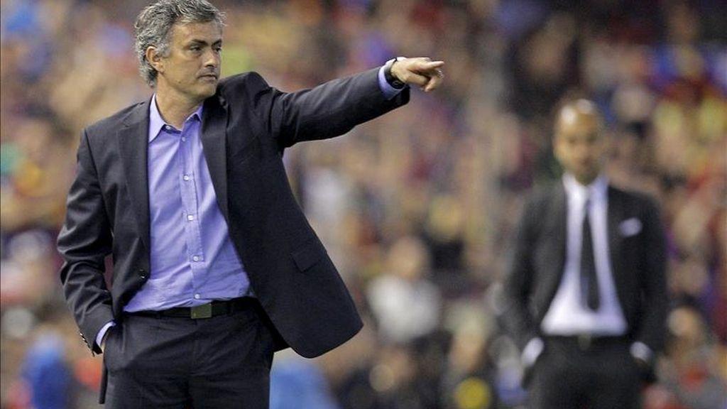 Mourinho manda un recadito a Johan Cruyff en rueda de prensa tras ser campeón de Copa. Video: Atlas