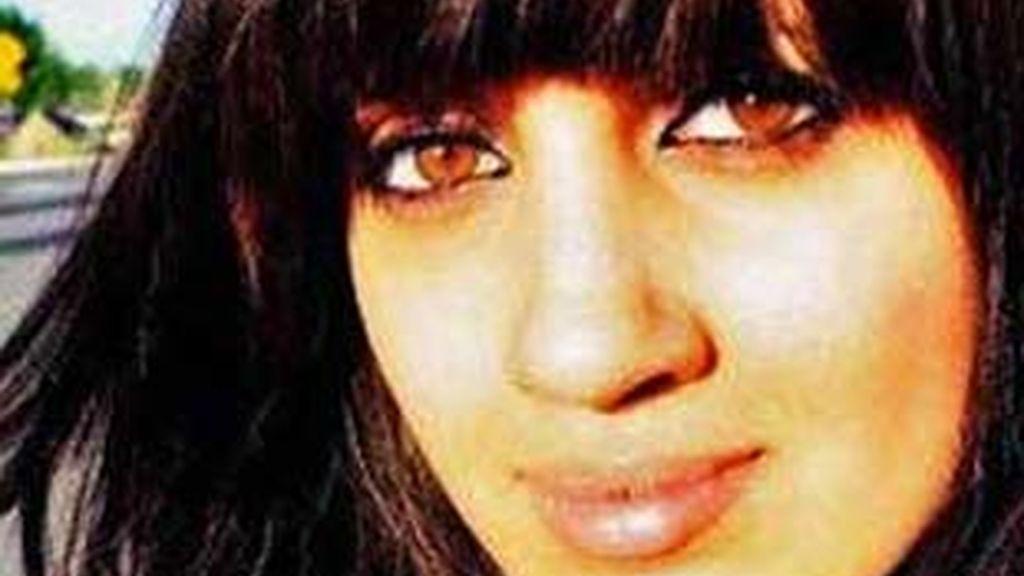 Noor Faleh Almaleki, en una imagen de Myspace, ha muerto de las heridas que le ha causado su padre.