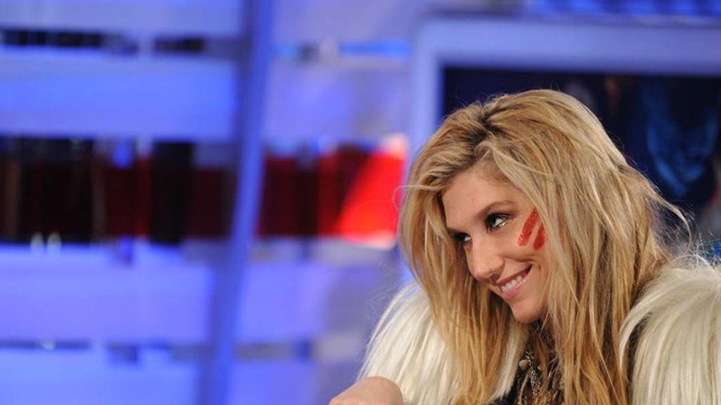 Kesha no ha parado de sonreir