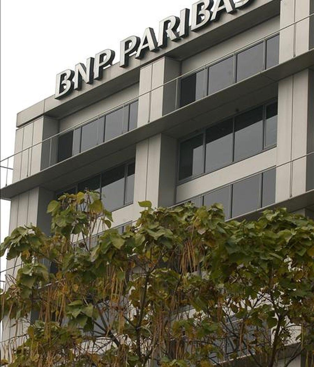 Exterior del edificio de la sede central de la entidad financiera BNP Paribas en Madrid. EFE/Archivo
