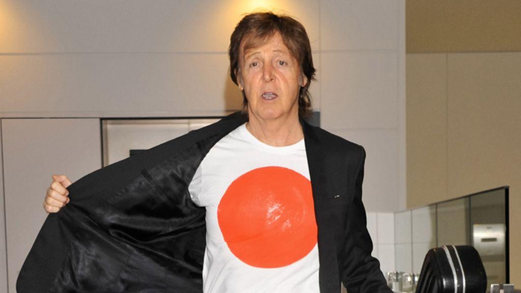 Paul McCartney se recupera tras ser hospitalizado en Tokio