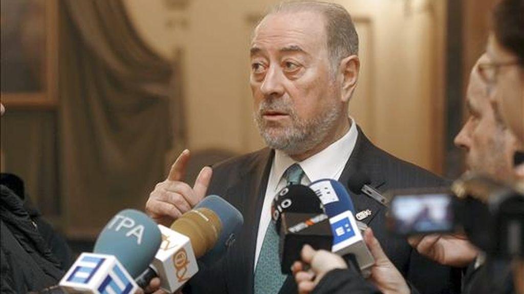 """El alcalde de Oviedo, Gabino de Lorenzo, ha afirmado hoy que el ex vicepresidente del Gobierno Francisco Alvarez-Cascos quiso llegar a ser candidato mediante """"pucherazo"""". EFE"""