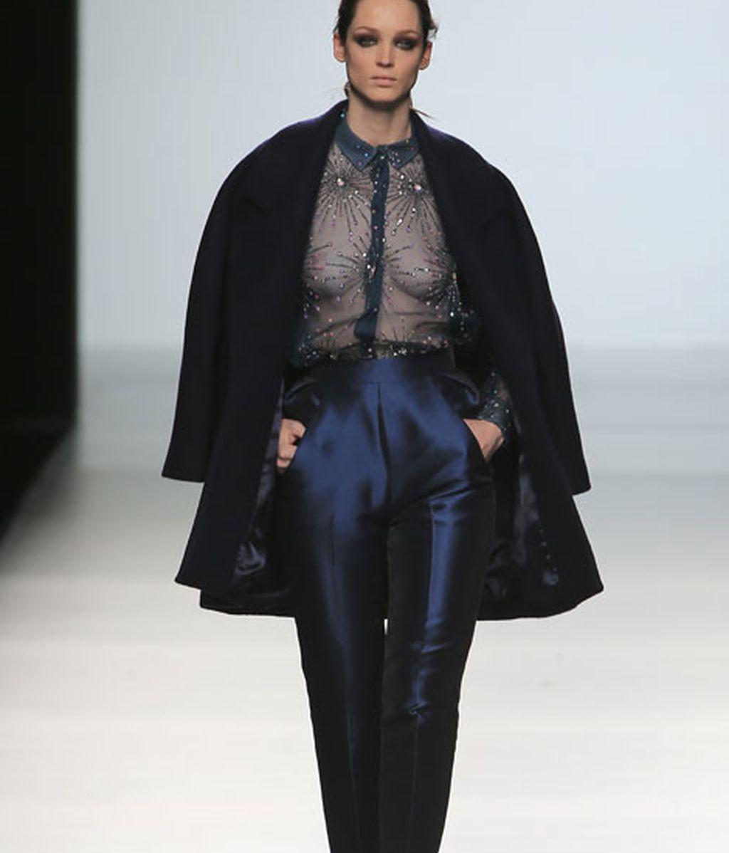 Sofisticación y elegancia en azules, rosas y burdeos