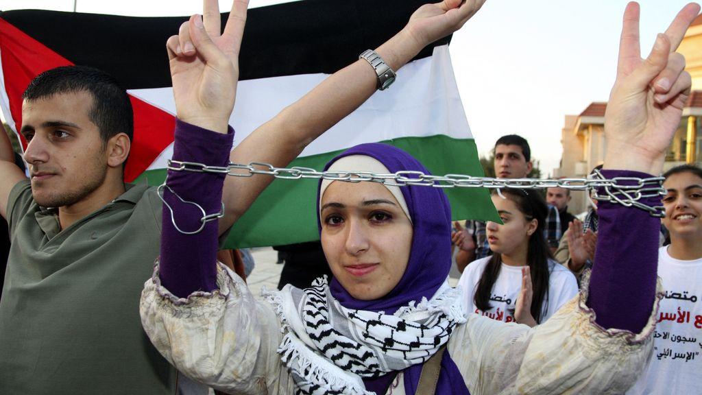 Protesta solidaria frente a la embajada de Estados Unidos en Amman, Jordania