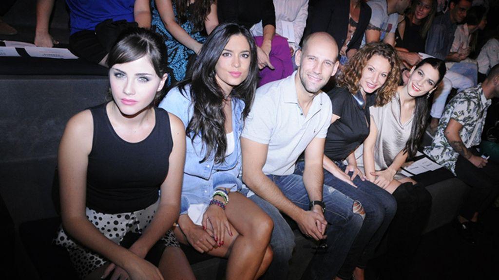 Lucía Ramos, Ana Isabel Medinabeitia, Gonzalo Miró, Eva Almaya y Cecilia Gessa en el front row