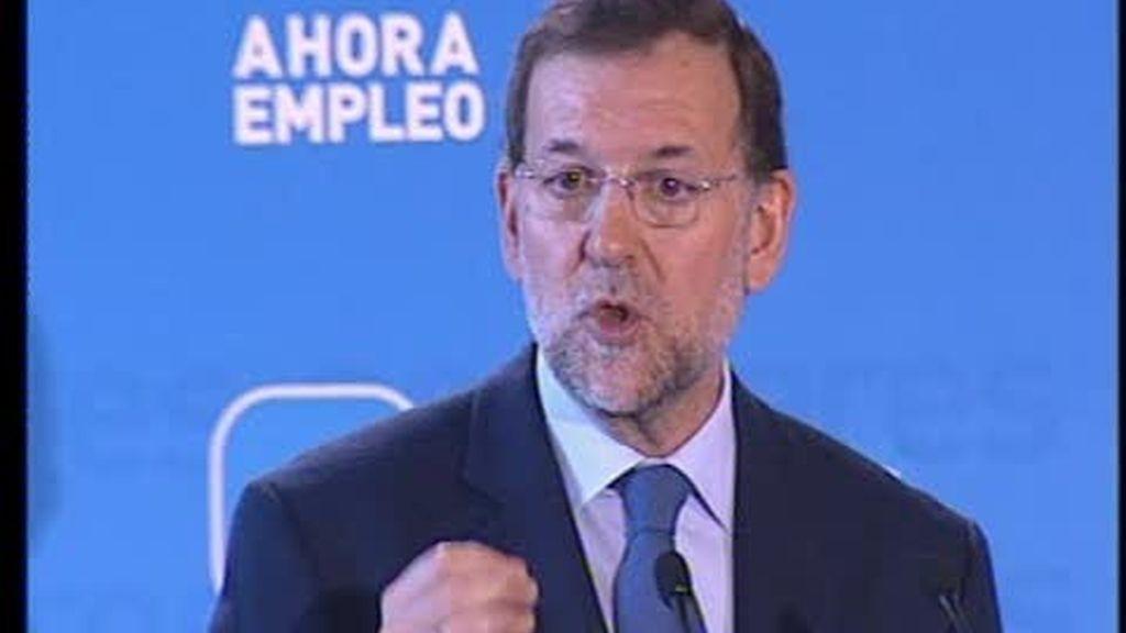 """Rajoy insiste en las """"improvisaciones"""" del Gobierno"""