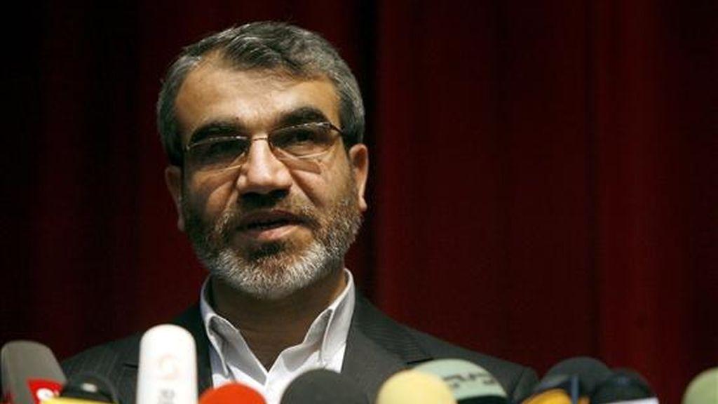 El portavoz del Consejo de Guardianes iraní, Abbas Ali Kadkhodai, durante la rueda de prensa ofrecida hoy en Teherán. EFE