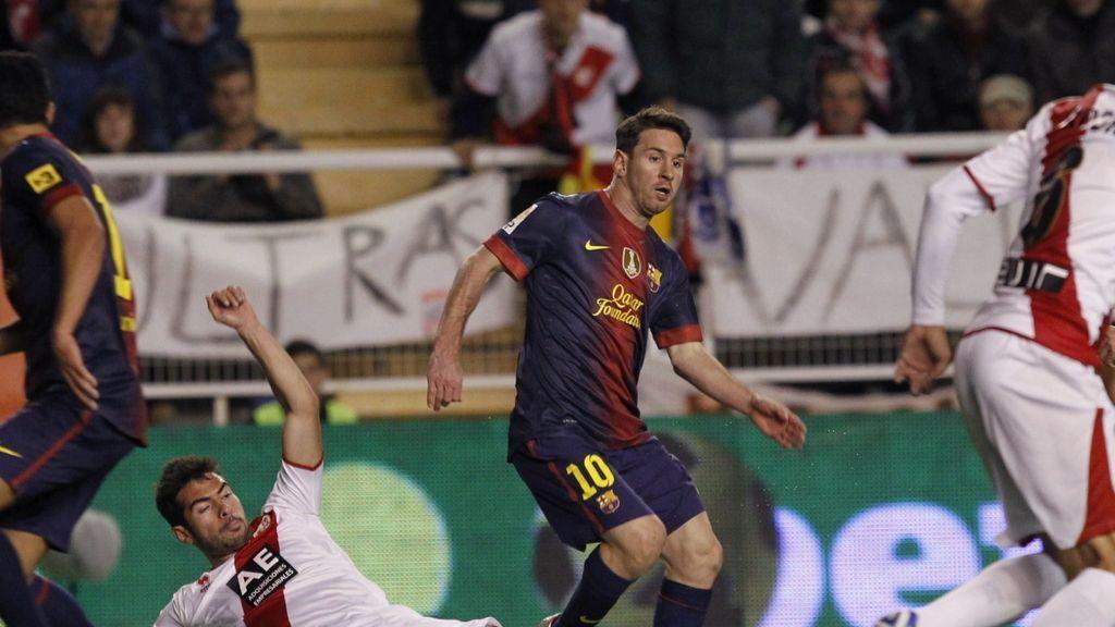 El Rayo se enfrenta al Barcelona en Vallecas. Foto: EFE