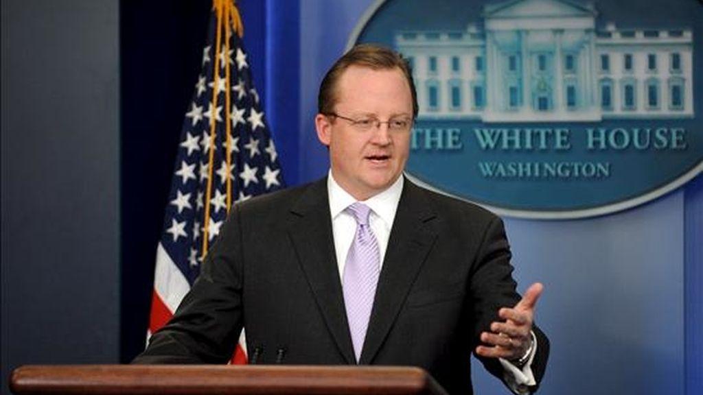 """El portavoz de la Casa Blanca, Robert Gibbs, indicó que los cerca de 91.000 informes de campo """"no contienen grandes nuevas revelaciones"""", pero sí detallan """"nombres, operaciones, personal"""". EFE/Archivo"""