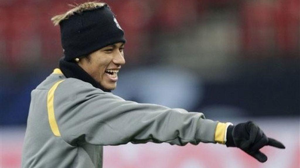 Neymar durante el entrenamiento con el Santos