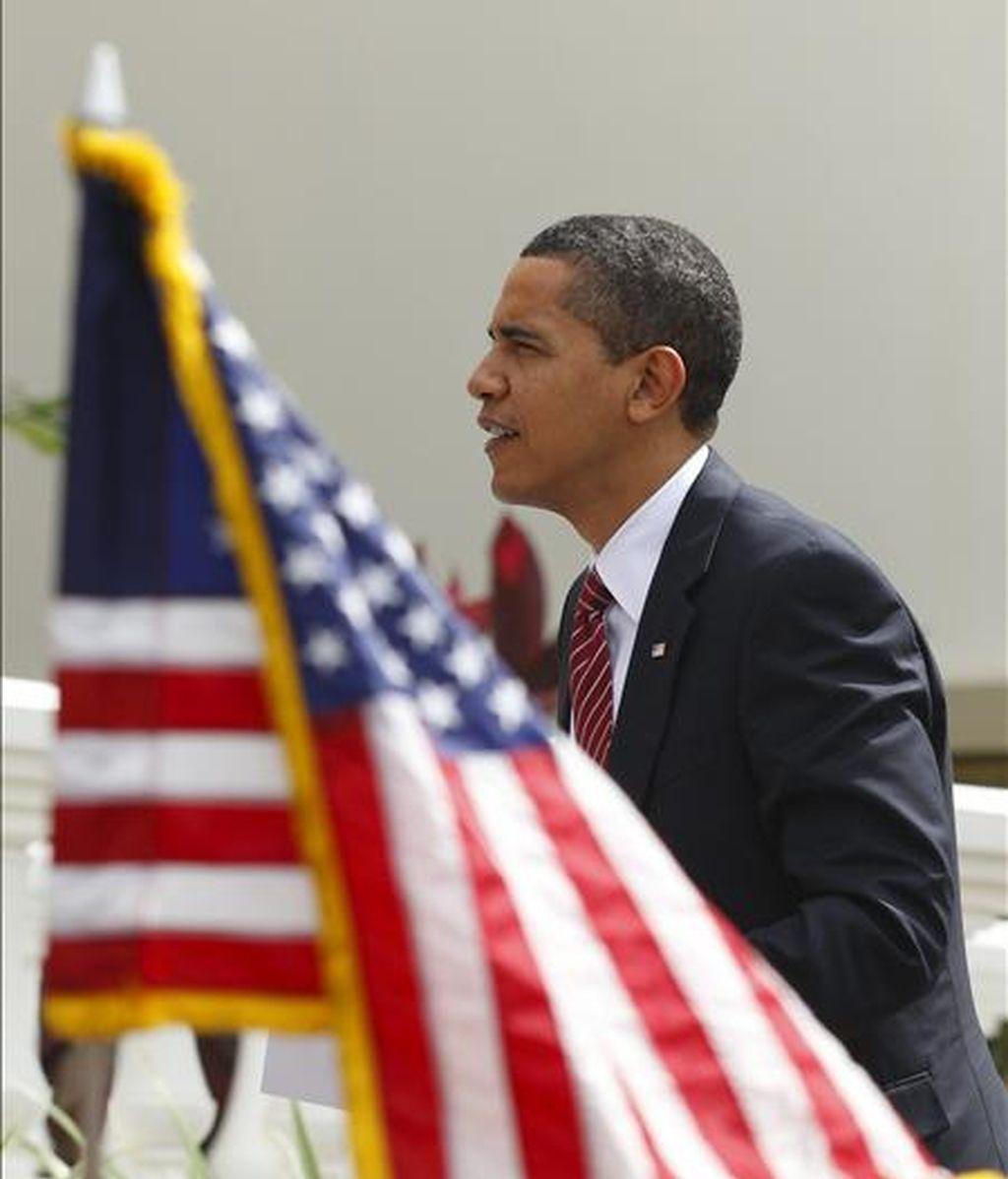 El presidente de Estados Unidos, Barack Obama, a su llegada hoy a la residencia del primer ministro de Trinidad y Tobago, Patrick Manning, donde tendrá lugar la ceremonia de clausura de la V Cumbre de las Americas. EFE