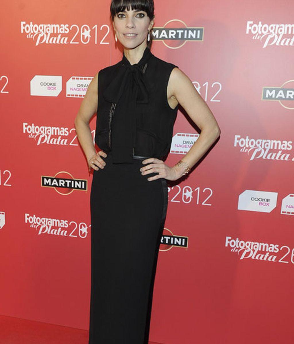 Maribel Verdú, de negro absoluto y protagonista de la noche por su premio