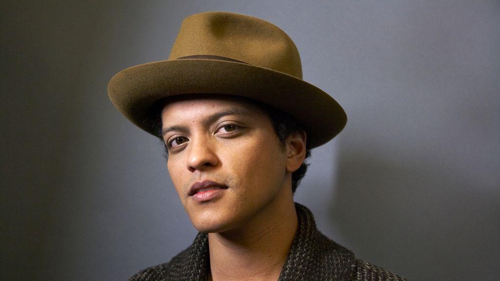 Fallece la madre de Bruno Mars por una aneurisma cerebral