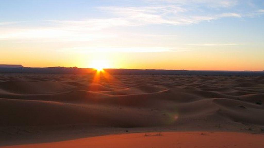 Una noche en una jaima bereber en el Sahara, y ver el amanecer