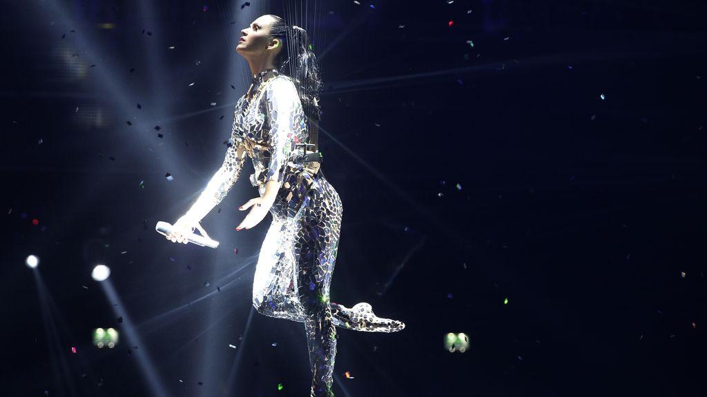 Katy Perry durante la actuación en la gala de los MTV EMA