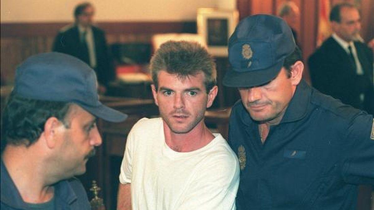 Imagen de 1997 del juicio a Miguel Ricart,  condenado a 170 años de cárcel por el triple crimen de las niñas de Alcásser. EFE/Archivo