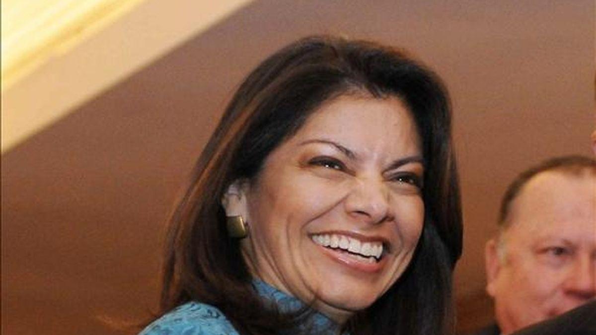 De acuerdo con las encuestas, los dos favoritos para ganar la convención interna del PLN son la ex vicepresidenta Laura Chinchilla y el ex alcalde de San José Johnny Araya. EFE/Archivo