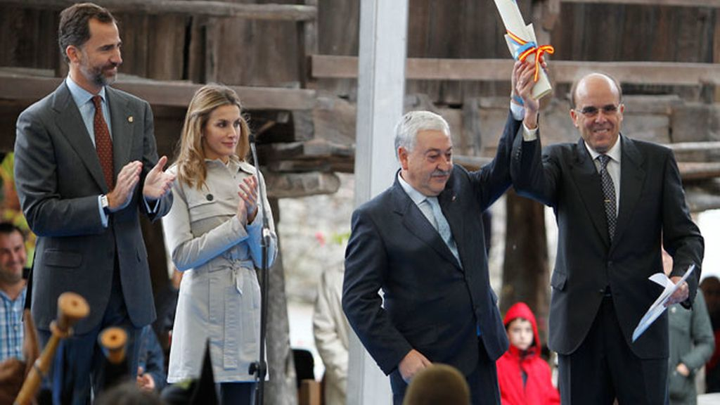 Los Príncipes de Asturias durante su visita en Bueño