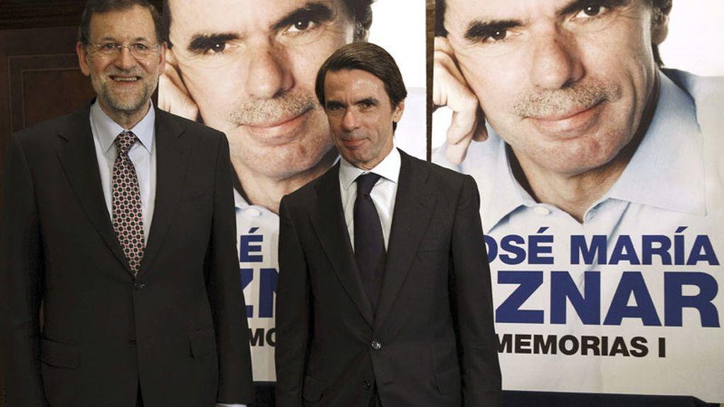 Aznar presenta sus memoria