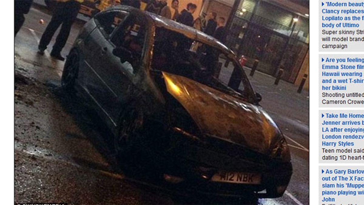 Incendia su coche en honor a Paul Walker