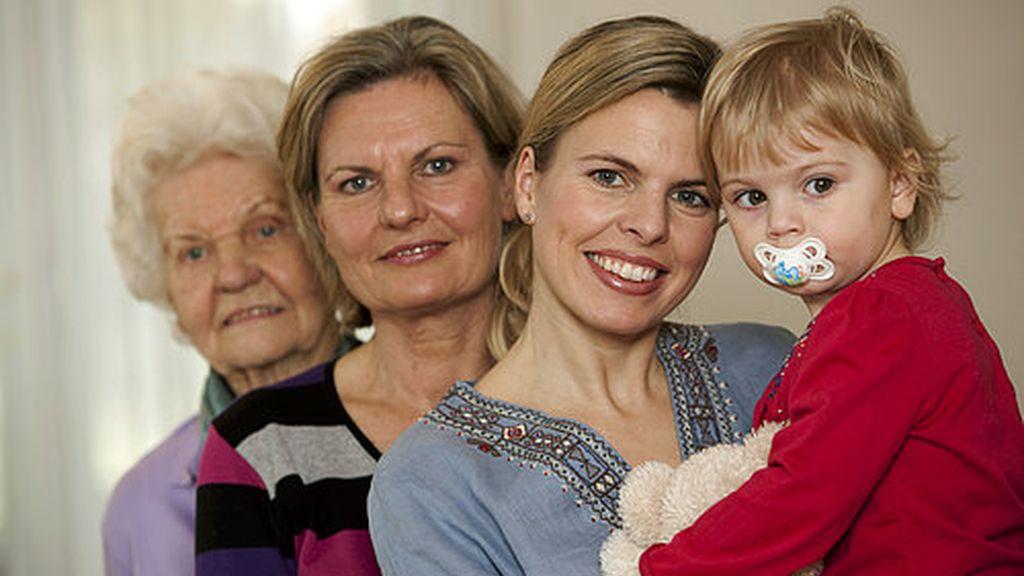 Bisabuela, abuela, madre e hija