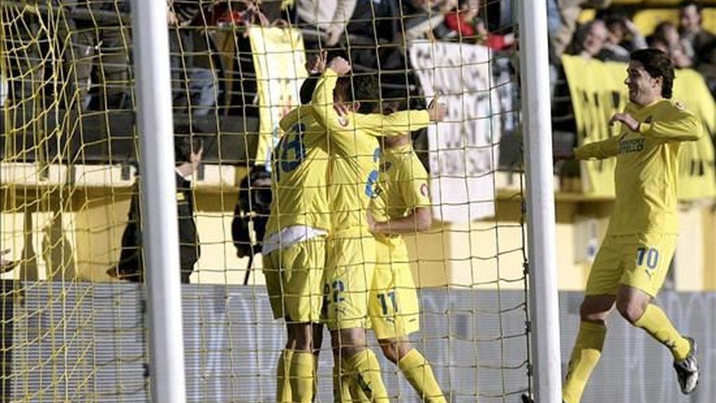 2-1: Rossi dio los puntos al Villarreal ante Numancia que rindió a rachas