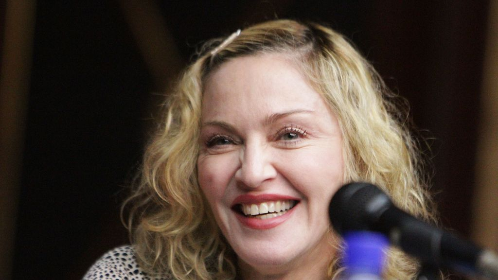 Mike Tyson cantará junto a Madonna en uno de los temas del último CD de la Reina del Pop