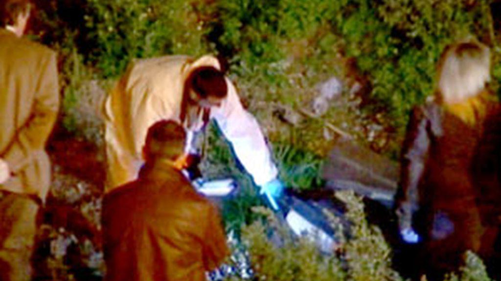 El cuerpo fue hallado en el interior de una maleta en un descampado. Vídeo:Informativos Telecinco