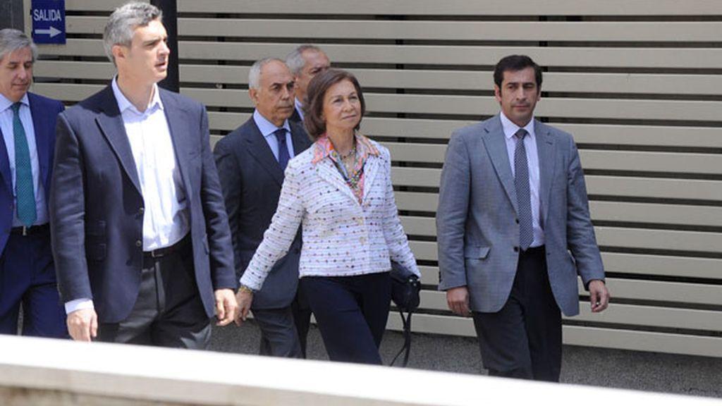 Doña Sofía visita al Rey