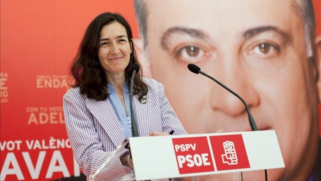La ministra de Cultura, Ángeles González-Sinde en un mitin. EFE/Archivo