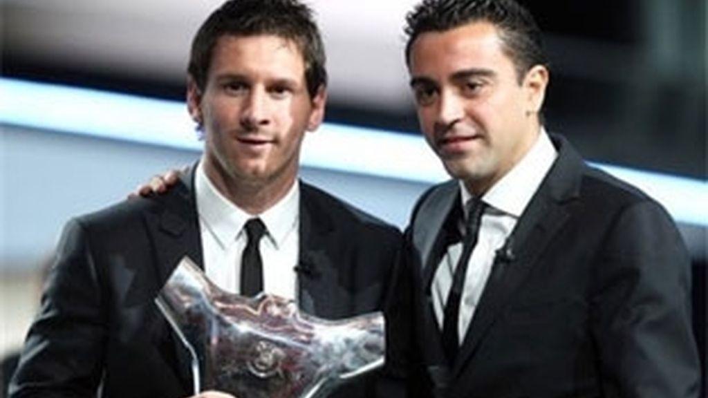 Leo Messi, durante la entrega del trofeo. Foto. AP