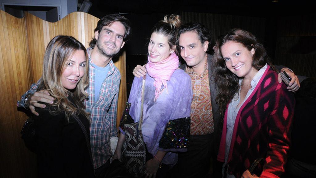 Antía de Ron, Luis García Fraile, Mariola Krueger, Josie y Eugenia Fraile