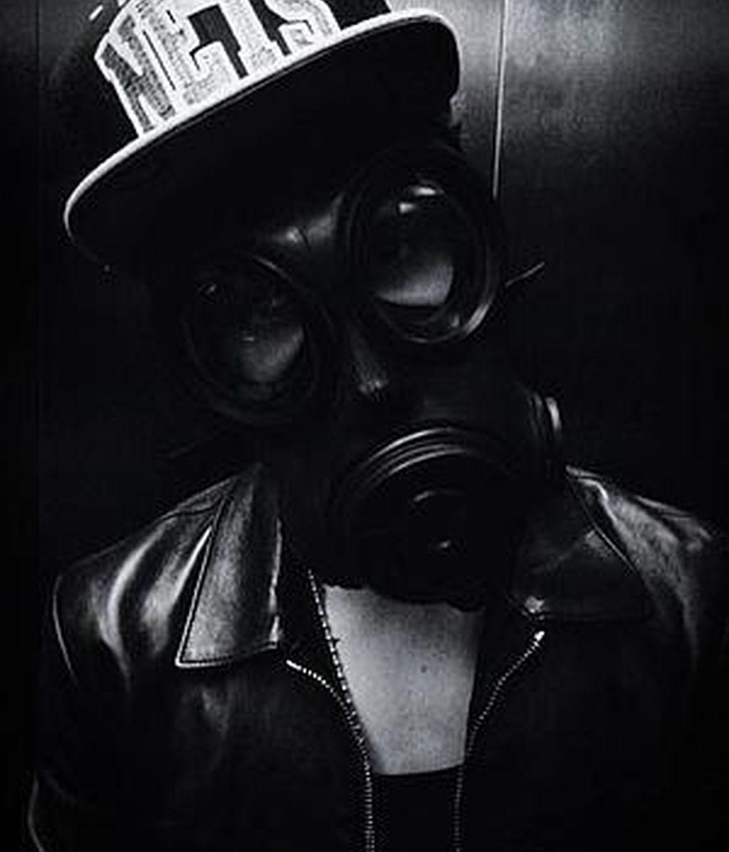 Justin Bieber y su máscara de gas
