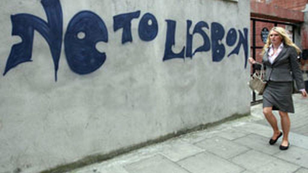Pintada en una calle irlandesa. Foto: AP