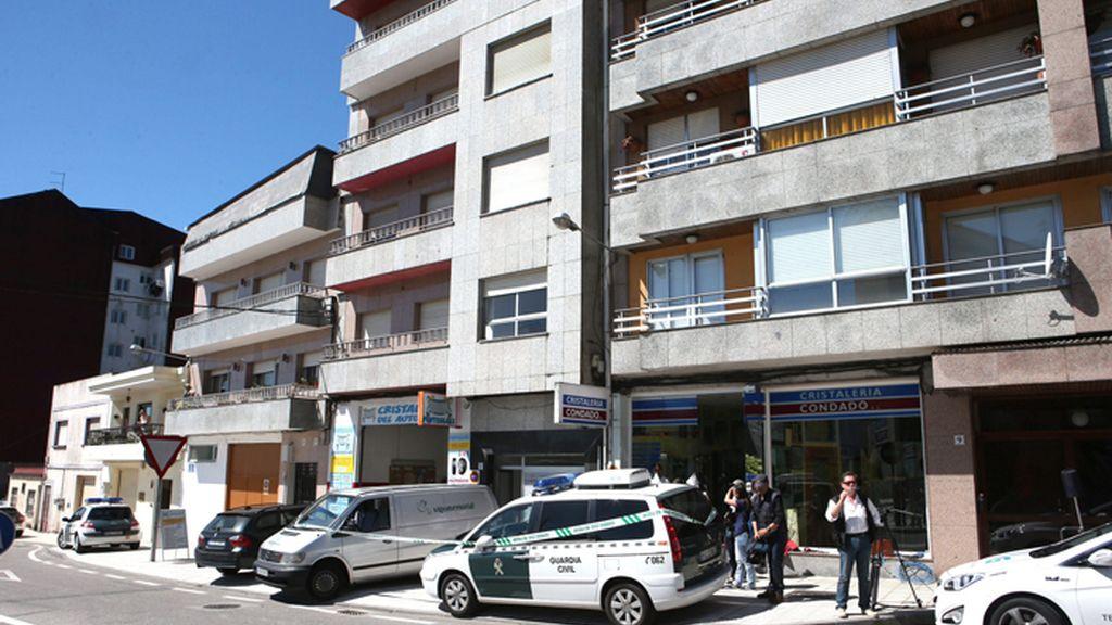Hallan un cadáver descuartizado en un congelador en un piso en Ponteareas (Pontevedra)