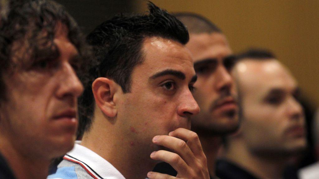 Puyol, Xavi, Valdes e Iniesta, durante la rueda de prensa en la que Pep Guardiola ha aunciado que no seguirá como entrenador del Barça la próxima temporada