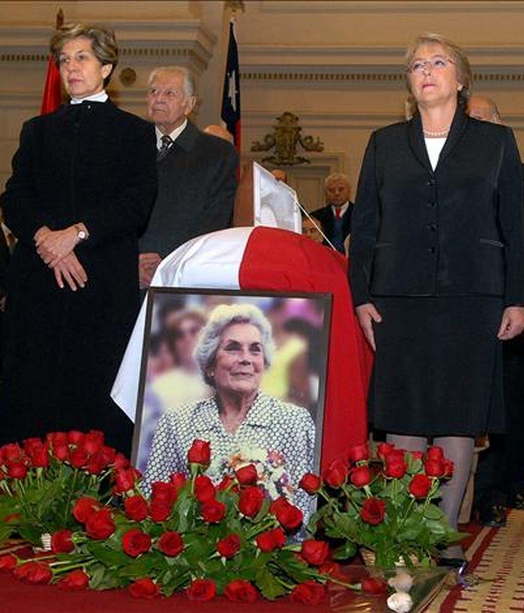 """Michelle Bachelet destacó a Bussi, fallecida el pasado jueves cuando estaba cerca de cumplir 95 años, como """"un símbolo"""" de la resistencia chilena a la dictadura de Augusto Pinochet. EFE"""